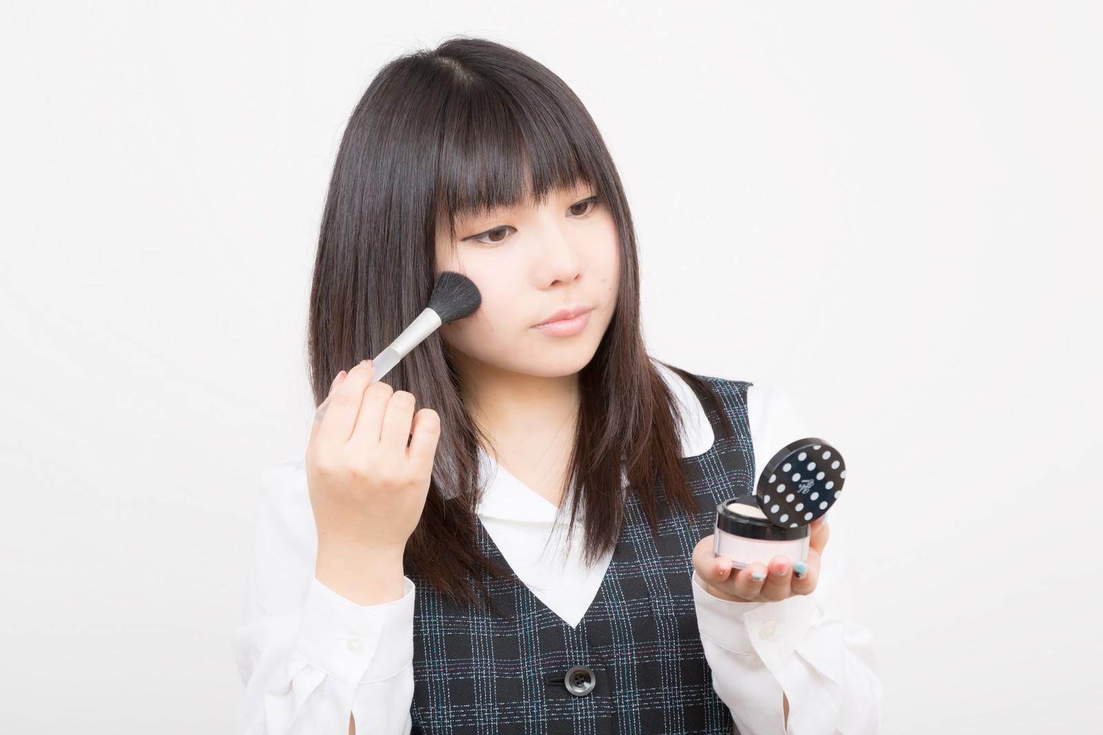 就活用のヘアーセット、メイクアップの事ならココロスタジオへ